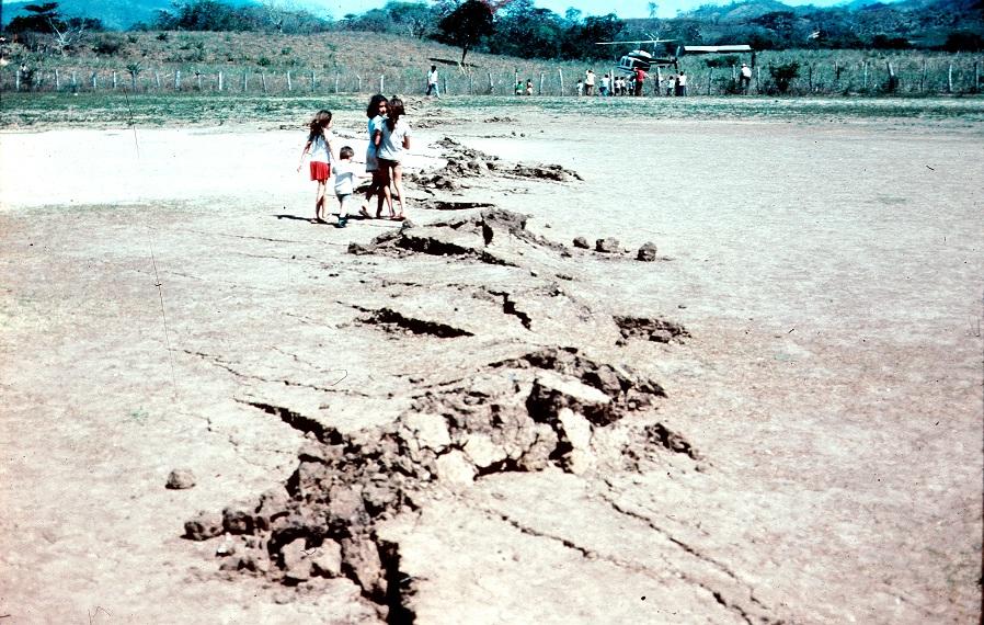 Guatemala1976Earthquake14ct