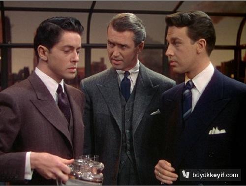 Soldan sağa Phillip, Rupert ve Brandon. Şu fiyakalı hallere bak, hey yavrum hey. Nerede şimdi böyle janti sapıklar…